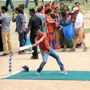 akshay-cricket-varanasi-1